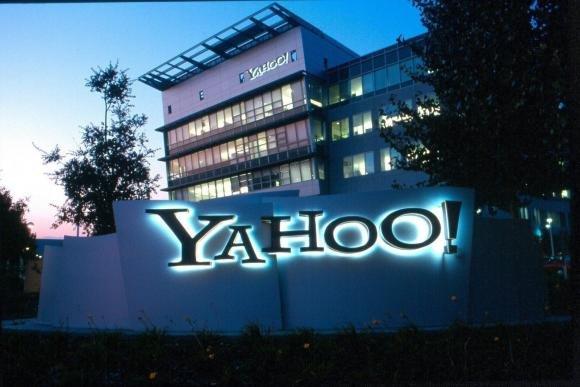 Tumblr acquistato da Yahoo! per 1,1 miliardi di dollari.