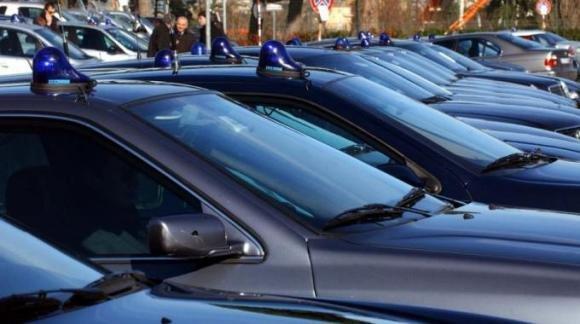 Sicilia, taglio delle auto blu: da 450 a 13