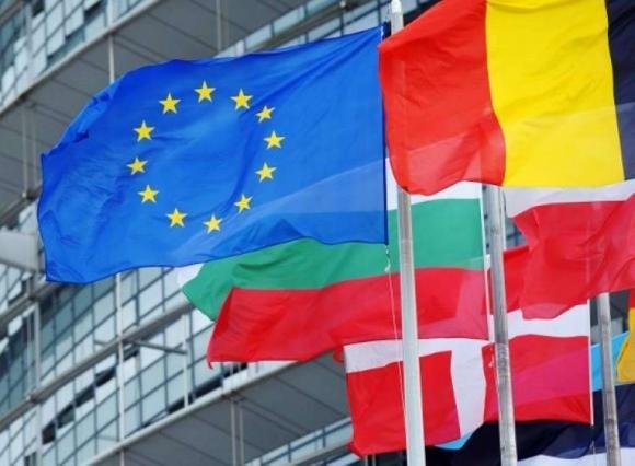 Previsioni UE, nel 2013 il deficit al 2,9%, ma aumentano il debito pubblico e la disoccupazione