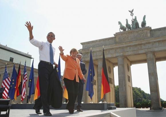 """Barack Obama a Berlino: """"Riduciamo le armi nucleari"""""""