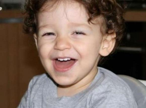 Dramma a Piacenza: muore bimbo dimenticato in auto