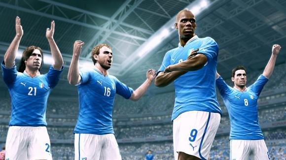 PES 2014 Vs FIFA 14: i due videogiochi a confronto
