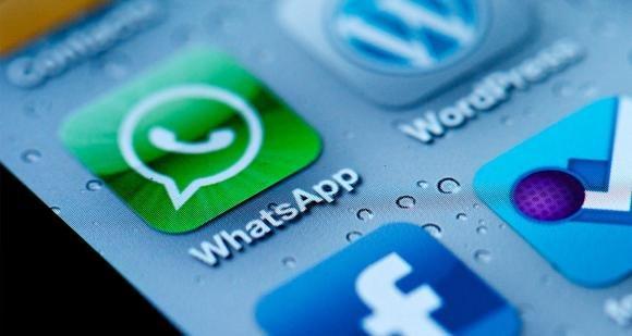 WhatsApp presto a pagamento, ecco come averlo gratis