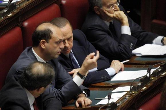 """Processo Mediaset, il Pdl: """"3 giorni di stop in Parlamento"""""""
