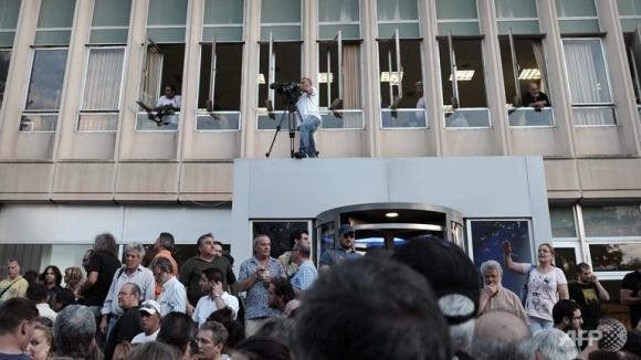 Grecia: resistenza e Tv pubblica