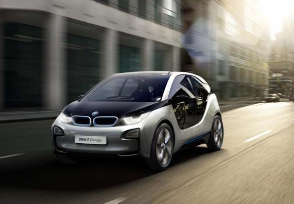 BMW i3, l'elettrica premium a partire da 36.200 euro