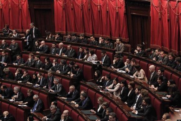 Processo Mediaset, approvato lo stop al Parlamento per un giorno