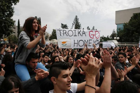 Troika per tutti! Piccolo manuale di resistenza europea