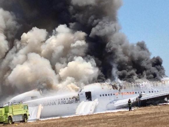Incidente aereo a San Francisco, 2 morti e 182 feriti