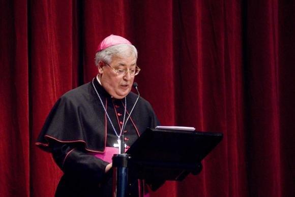 Omofobia: Chiesa Cattolica spagnola e cure anti-omosessualità