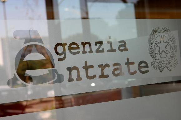 Agenzia delle Entrate, blitz da Portofino a Capri