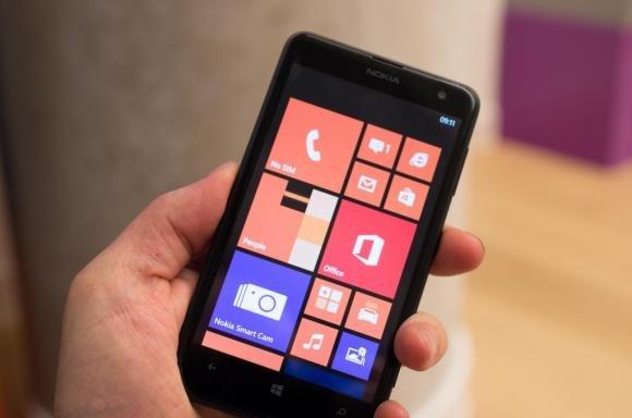 Nokia Lumia 625, presentato ufficialmente il nuovo smartphone Nokia