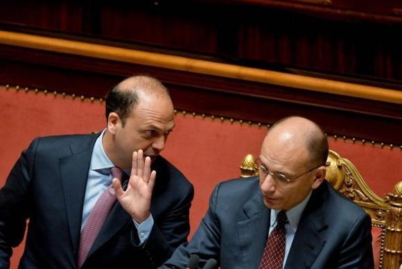 Governo in bilico, dimissioni irrevocabili dei ministri del Pdl
