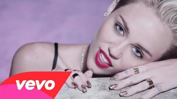 "Miley Cyrus, pensavi ci fosse un limite a tutto e invece ""We Can't Stop"""