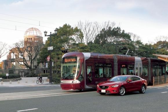 Un rivoluzionario sistema Mazda per prevenire gli incidenti stradali