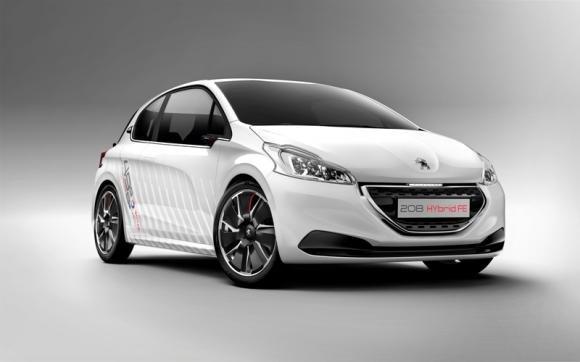 Peugeot 208 Hybrid FE al Salone dell'Auto di Francoforte 2013