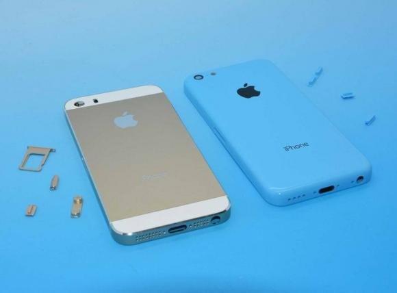 iPhone 5S e iPhone 5C disponibili in Italia dal 25 ottobre