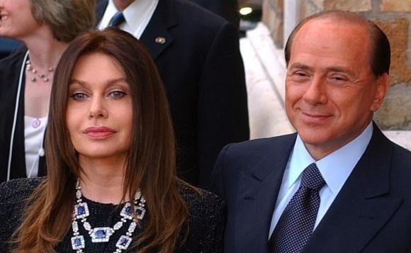 Berlusconi, dimezzato il mantenimento di Veronica Lario