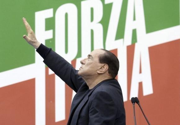 Berlusconi: oggi rinasce Forza Italia. Alfano non sarà più segretario