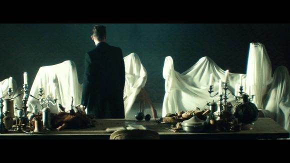 "Jay Z ft Justin Timberlake, bere dall'""Holy Grail"" non è mica facile"