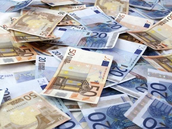 Conti correnti, l'imposta di bollo sui depositi aumenta del 33%