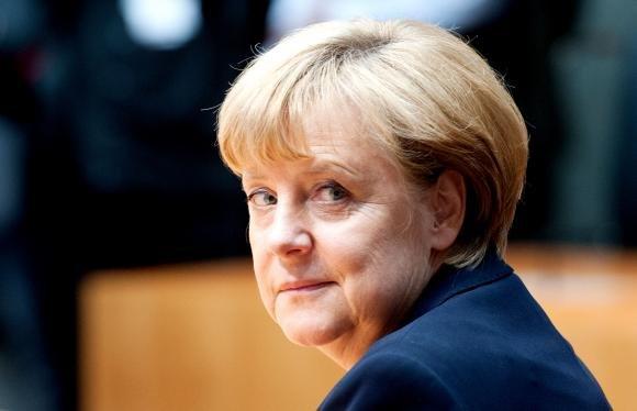 A Caserta un dirigente comunale guadagna più di Angela Merkel