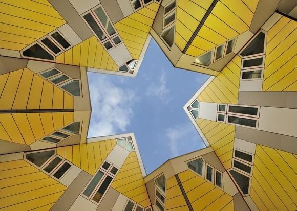 Cubic Houses, il boschetto delle case cubiche nei Paesi Bassi