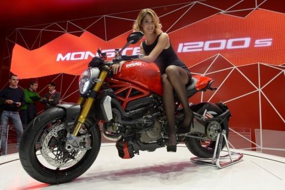 All'EICMA 2013 presentato il nuovo Ducati Monster 1200