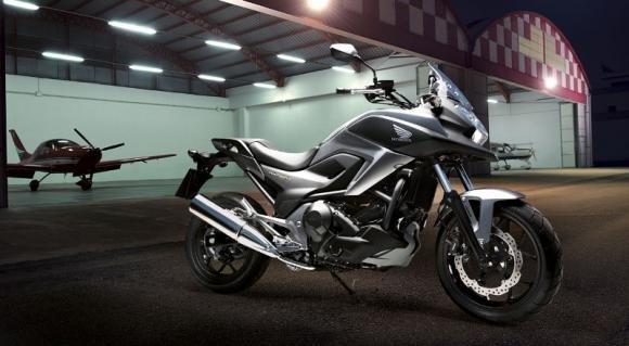 Honda NC750X, la crossover si aggiorna