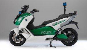 BMW Motorrad al Milipol 2013 con uno scooter elettrico
