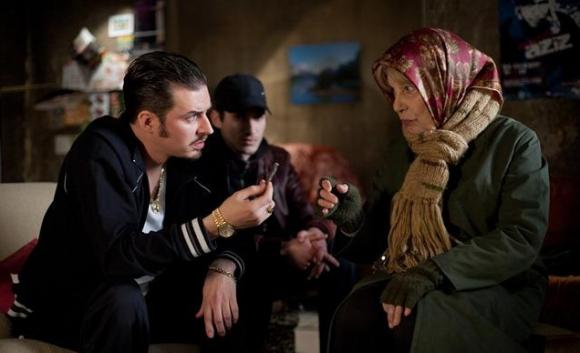 Nonna-pusher di 80 anni denunciata a Roma