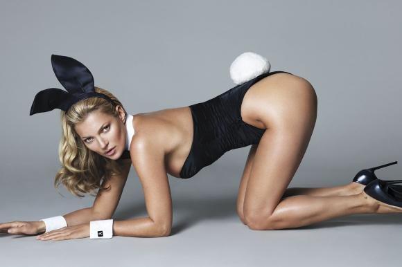 Kate Moss, coniglietta per i suoi 40 anni