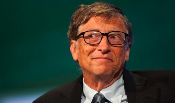 """Bill Gates contro Mark Zuckerberg: """"Internet non cambierà il mondo"""""""