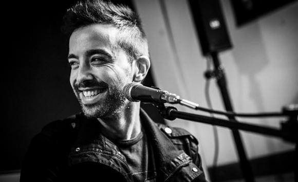Diodato promuove il suo album con uno showcase in giro per l'Italia