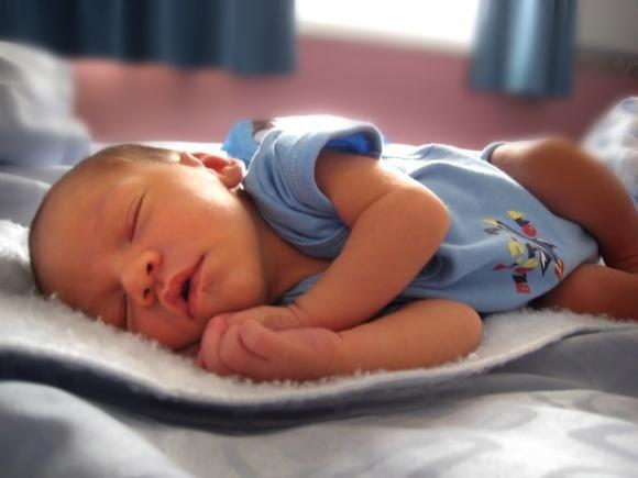 Roma: pronto soccorso dichiara feto morto. Il bimbo invece nasce sano