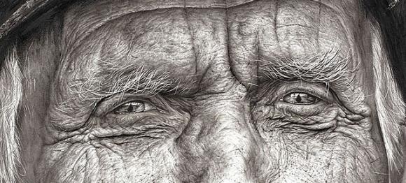 Ragazza di 16 anni stupisce con un ritratto straordinario a matita