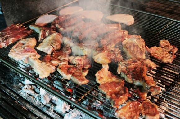 Carne alla brace: aumenta il rischio di cancro