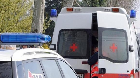 Incidente fra auto e moto a Palermo, grave un bambino