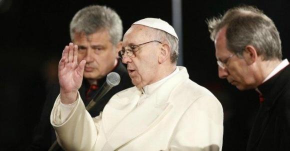 """Papa Francesco: """"Basta con le speculazioni su cibo e finanza"""""""