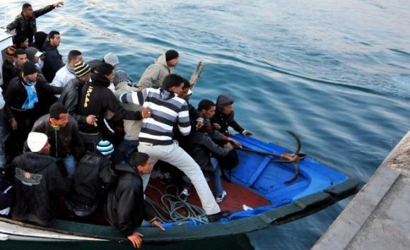 Sbarchi di immigrati a Pozzallo: paura per il turismo