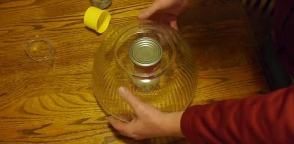 Ecco come creare una cassaforte sicura con un barattolo di latta