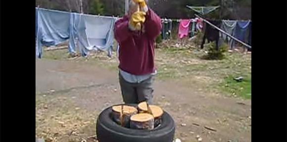 Un modo innovativo di tagliare la legna