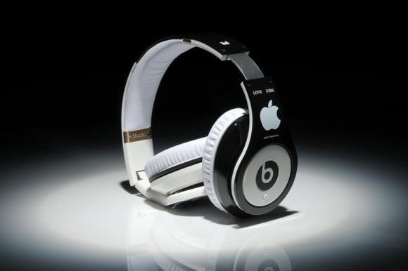 La Apple lancerà un servizio di musica streaming a partire da giugno
