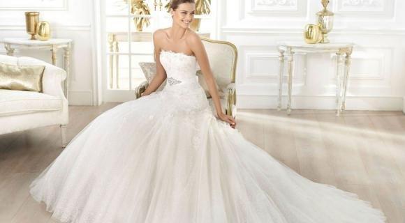 Abiti Da Sposa Elegantissimi.Eleganti E Scintillanti Gli Abiti Da Sposa Di Monique Lhuillier