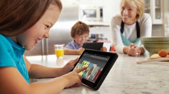 Bambini capaci di usare i tablet, ma che non sanno fare una capriola