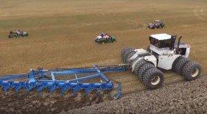 Ecco il trattore più grande del mondo. Davvero incredibile