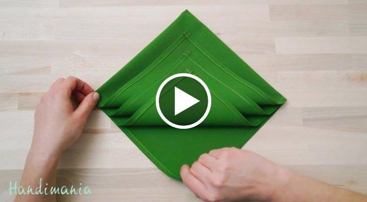 Come Piegare I Tovaglioli Di Carta Per Natale.Come Piegare Un Tovagliolo Per Le Feste Di Natale Geniale
