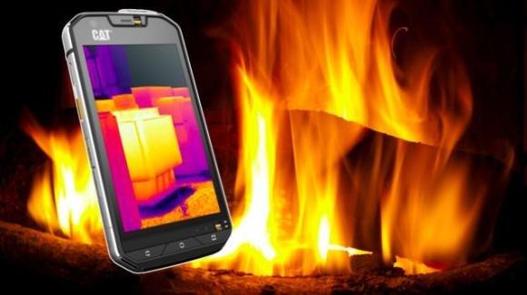 Cat S60, il primo smartphone al mondo con muscoli e fotocamera termica