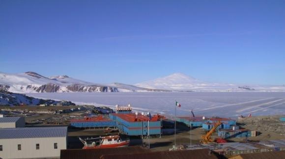 Enea offre opportunità di lavoro a 7.000 euro al mese. Ma la base è in Antartide