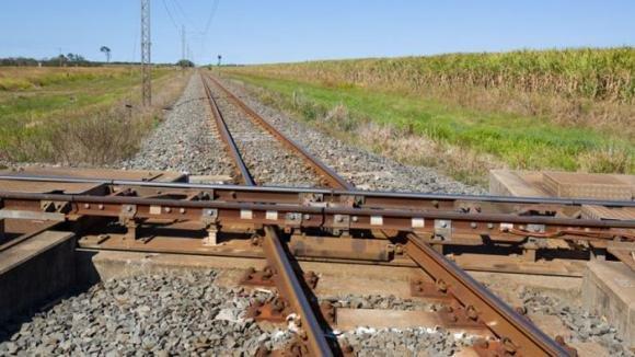 Ecco lo scambio ferroviario più strano e pericoloso al mondo